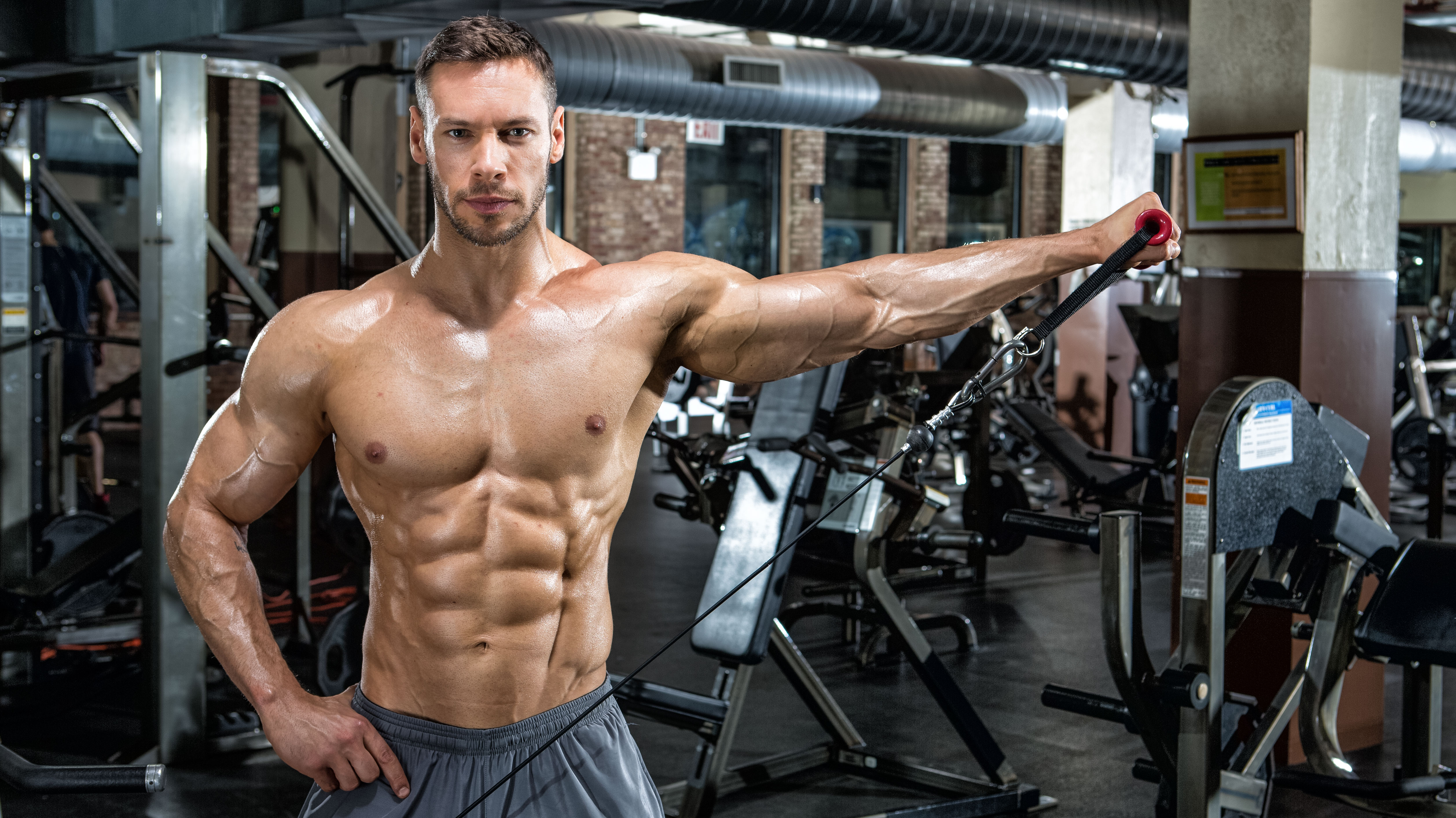 The 4 Biggest Myths About Getting Ripped
